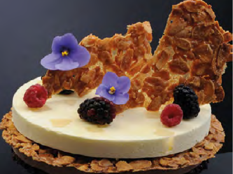 Il trionfo della frutta in pasticceria: crostate di frutta fresca, cremose e monoporzioni alla frutta
